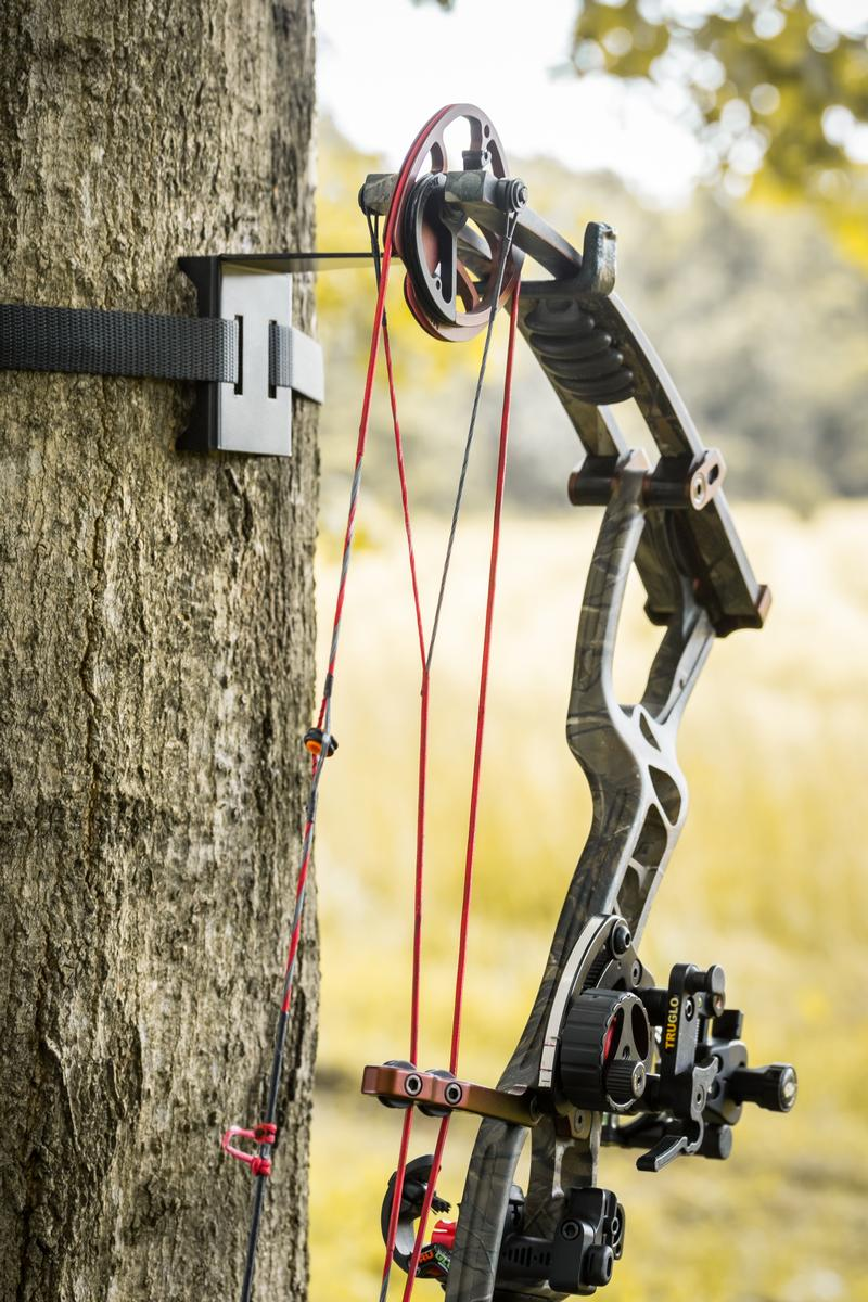 BOW HANGER - On Your Tree In Seconds 2
